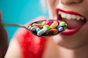 Polacy coraz coraz chętniej kupują suplementy diety
